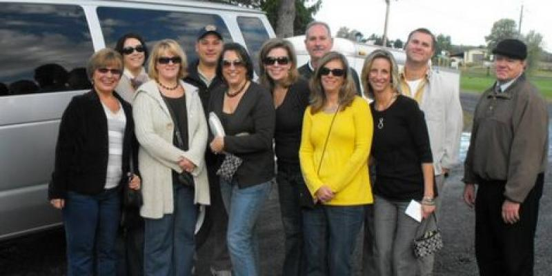 Plan your wine tour with our local professionals!